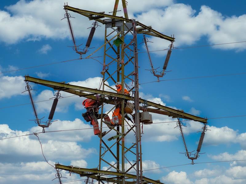 Funcionário recebe aposentadoria especial por trabalhar exposto a alta voltagem