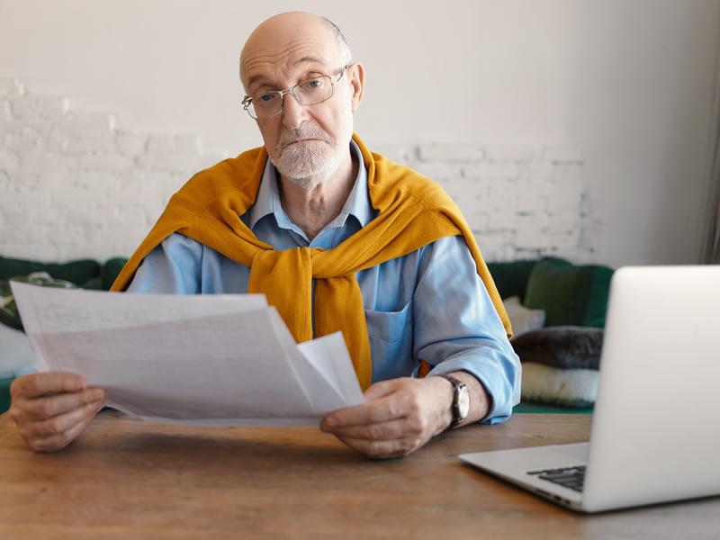 Bancário dispensado após cancelamento de aposentadoria por invalidez será indenizado por danos morais