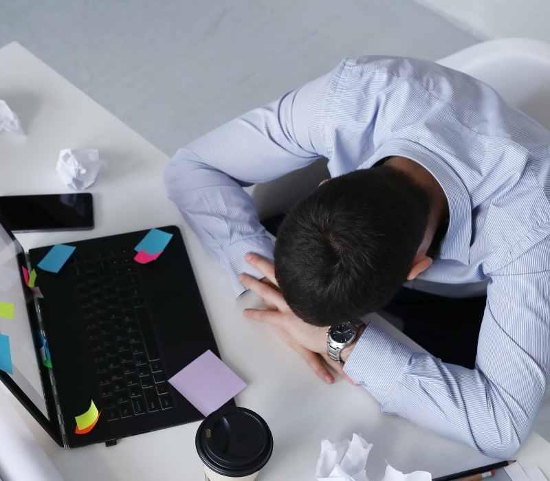 Empresas condenadas a indenizar trabalhador vítima de assédio moral
